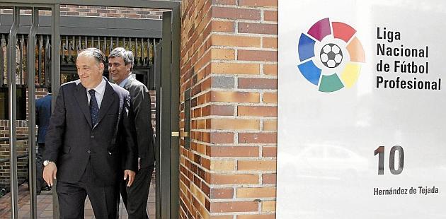 Tebas: Deportivo, Murcia, Racing y Xerez están en una situación más delicada