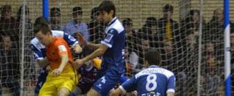 Caja Segovia y Barcelona a un paso de semifinales