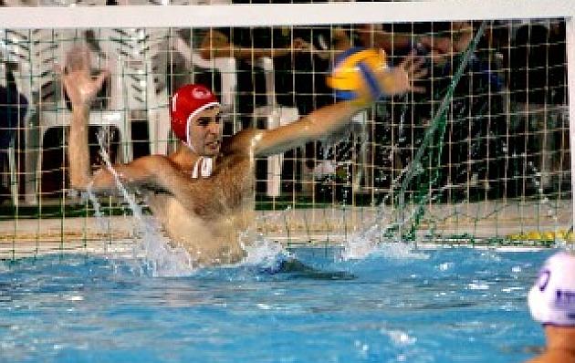 El Sabadell empata la final tras vencer al At. Barceloneta