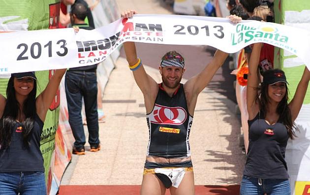 El aleman Faris Al-Sultan, ganador del Ironman Lanzarote 2013