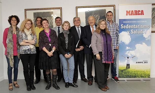 Los 10 ponentes del Observatorio sectorial dedicado al sedentarismo y la salud. CARLOS BARAJAS / MARCA