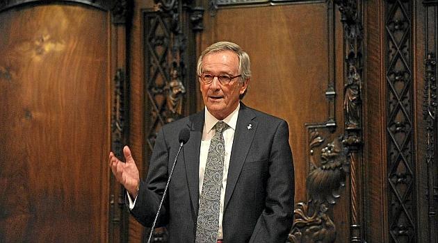 El alcalde de Barcelona zanja la polémica de la estatua de Colón