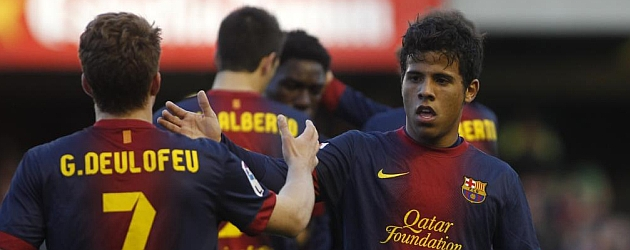 Deulofeu celebra un gol con el Barça B / FRANCESC ADELANTADO (MARCA)