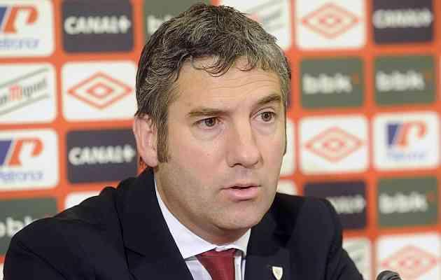 Urrutia admite que podr�an empezar la temporada en Anoeta