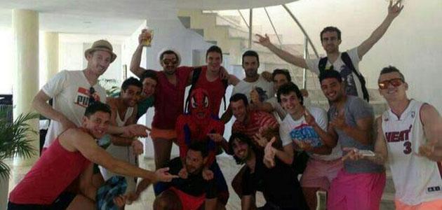 Estrada celebra su despedida en Ibiza con sus compa�eros