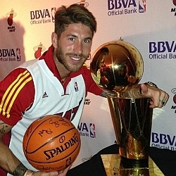 La emoción confunde a Sergio Ramos y da como finalista NBA a San Francisco