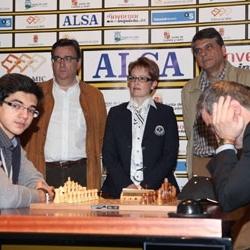 Giri vence a Ivanchuk al ritmo de cuatro partidas semirr�pidas
