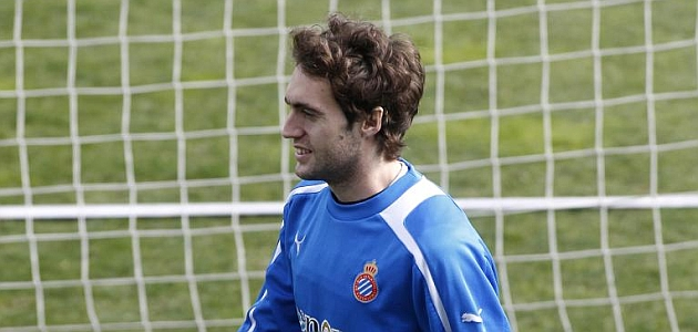 Baena se resiste a dejar el Espanyol