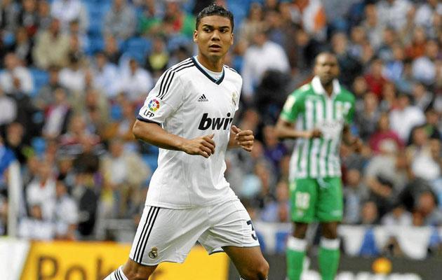 El Madrid compra a Casemiro y lo sube al primer equipo