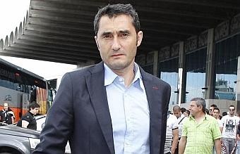Todo parado hasta la llegada de Valverde