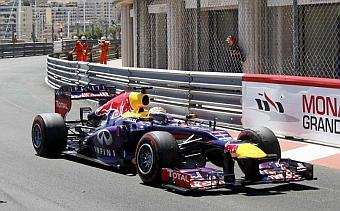Vettel ampl�a su contrato con Red Bull hasta finales de 2015