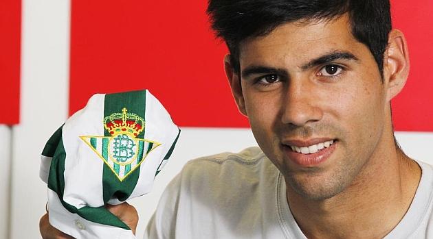 Juanfran: Llego con much�sima motivaci�n al Betis
