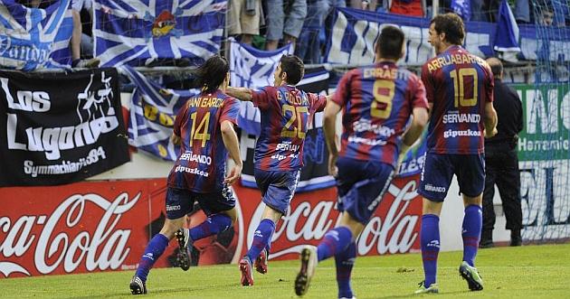 El Eibar apea al Oviedo del ascenso a Segunda