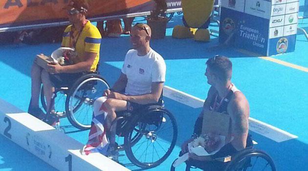Sola, Rodr�guez y Ruiz suben al podio