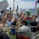 La polic�a reprime las protestas antes del Brasil-M�xico
