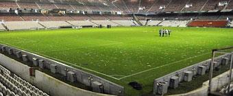 El Athletic venderá trozos de césped del viejo San Mamés como recuerdo