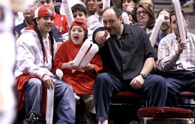 Muere 'Tony Soprano', el 'mafioso' m�s famoso de la NBA que no logr� convencer a LeBron James