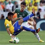 Neymar: Mantenemos los pies en el suelo