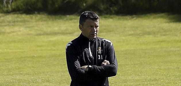 El Valladolid demanda a Djukic y al Valencia