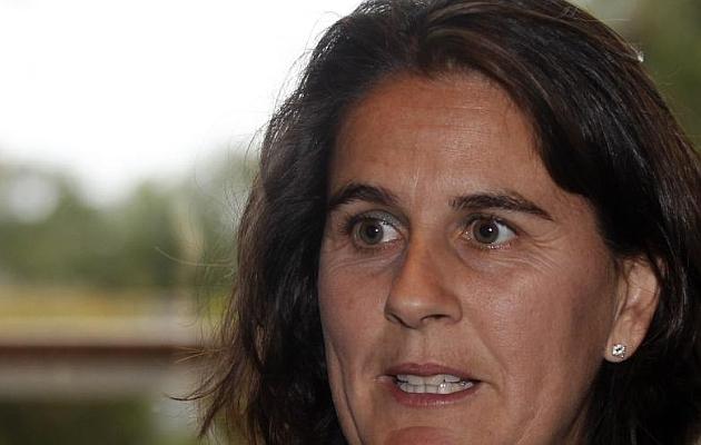 Conchita Mart�nez: Jugar en casa y en hierba nos igualar�a
