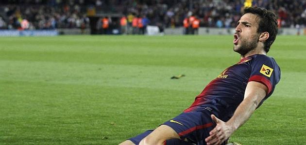 Cesc celebra un gol con el Barcelona / REUTERS