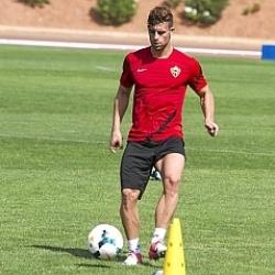 Rodri: Quiero triunfar en el Almer�a como todos los delanteros