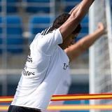 Varane, novedad en la sesión del Real Madrid