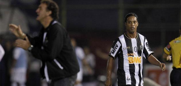 Ronaldinho, en el punto de mira
