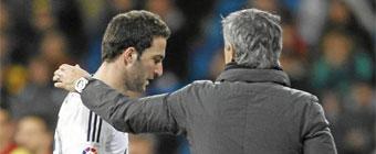 Higuain y Mourinho