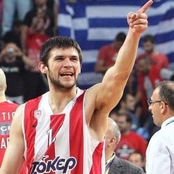 El Barcelona confirma el fichaje de Papanikolaou y se lleva a una de las joyas del mercado