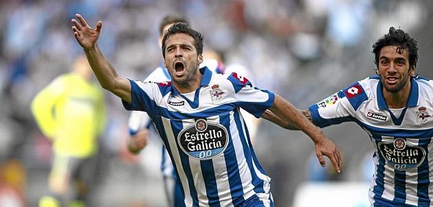 Bruno Gama celebrando un gol con el Deportivo / 13FOTOS (MARCA)