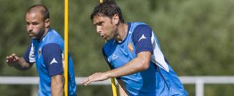 Pitarch dice que Postiga jugará en España