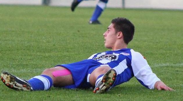 Álvaro Lemos, en un partido con el filial del Deportivo / Foto Axogada.com