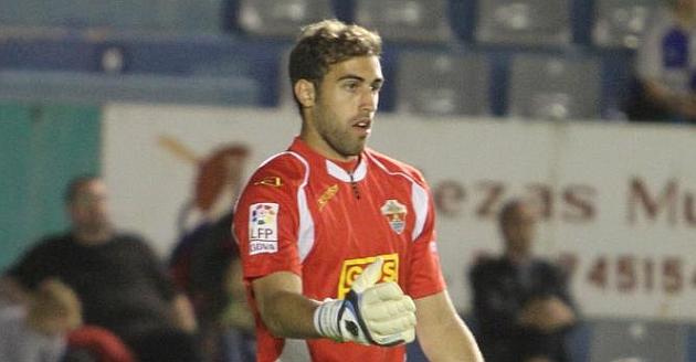Diego Rivas, en uno de los pocos partidos que disput� con el Elche la pasada campa�a / Manuel Lorenzo (Marca)