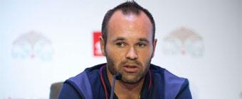 Iniesta: No creo que Neymar necesite mucho tiempo para adaptarse
