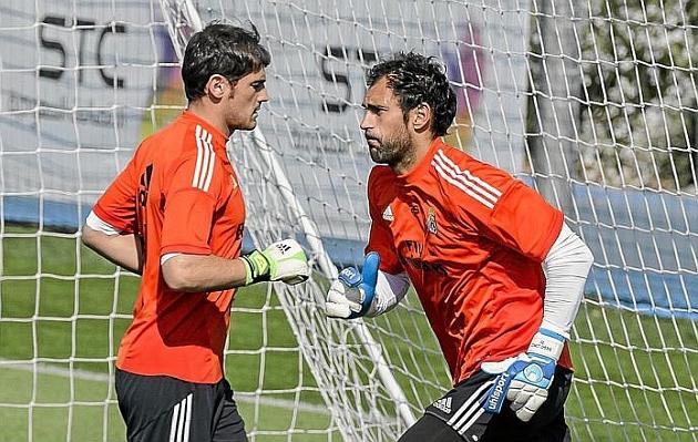 A Casillas le queda como un guante la portería del Madrid