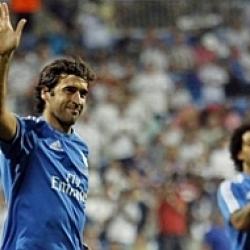 Y Raúl volvió a lucir el escudo del Real Madrid