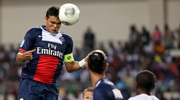 El PSG hace oficial la renovaci�n de Thiago Silva