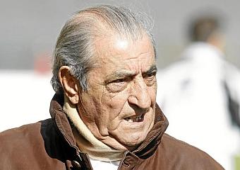 Hidalgo ve bastante complicado que haya fútbol en Salamanca este año