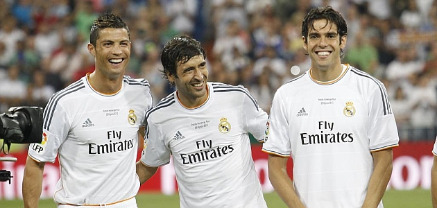Bale on a par with Cristiano and Kak�