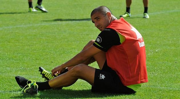 Las Palmas se refuerza con Carlos Aranda y con Masoud