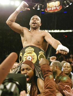 De Roy Jones a Floyd Mayweather: Estrellas del boxeo con aspiraciones de ser NBA