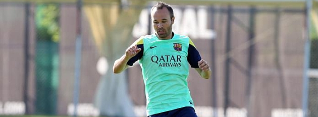 Iniesta stalling over contract renewal