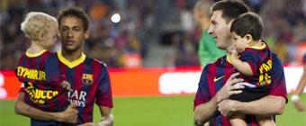Neymar y Messi presumen de hijos 4c95788655a