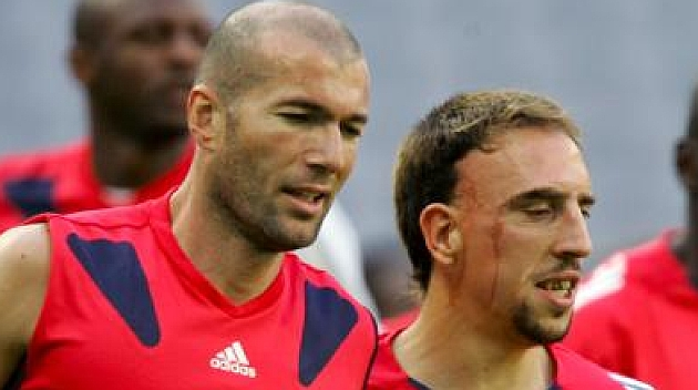 Zidane: Le dar�a el Bal�n de Oro a Rib�ry