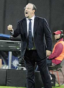 Rafa Ben�tez: En f�tbol, todo es mentira... tambi�n discreci�n