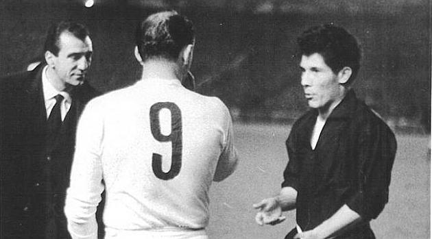 El día en que Di Stéfano obligó a la Juve a cambiar de uniforme
