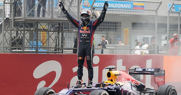 Vettel, tetracampe�n del mundo