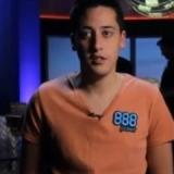 Adrián Mateos hace historia ganando las WSOPE