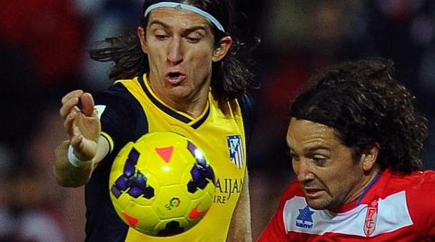 La doble amarilla a Filipe Luis no le impedir� jugar ante el Athletic